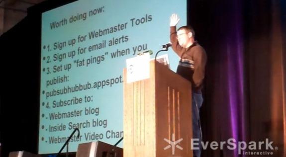 Matt Cutts recomendando el uso de Fat Pings en su charla en PubCon